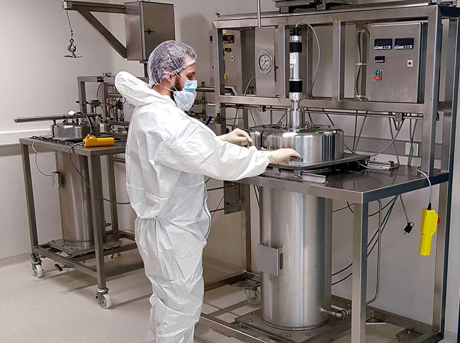 GMP clean room supercritical CO2 fda security - sfe process